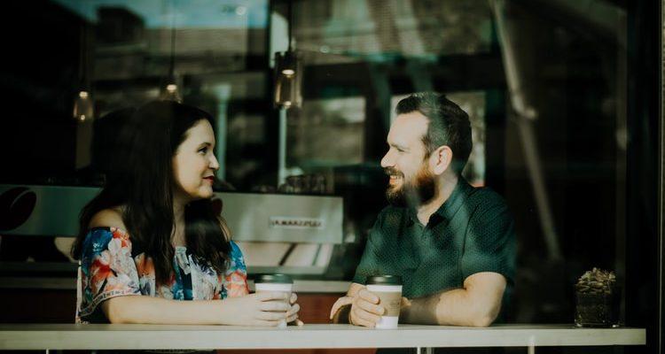jak rozmawiać, jak rozmawiać z dziewczyną, jak rozmawiać z chłopakiem
